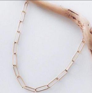 Paperclip chain necklace gold